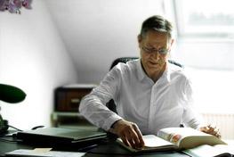 Osteopath Dieter Conrad